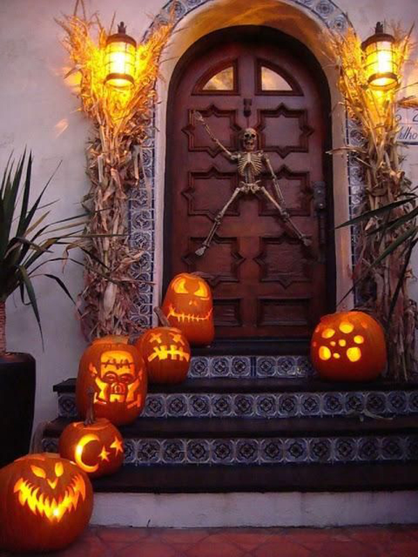 pumpkin-halloween-front-door-lights.