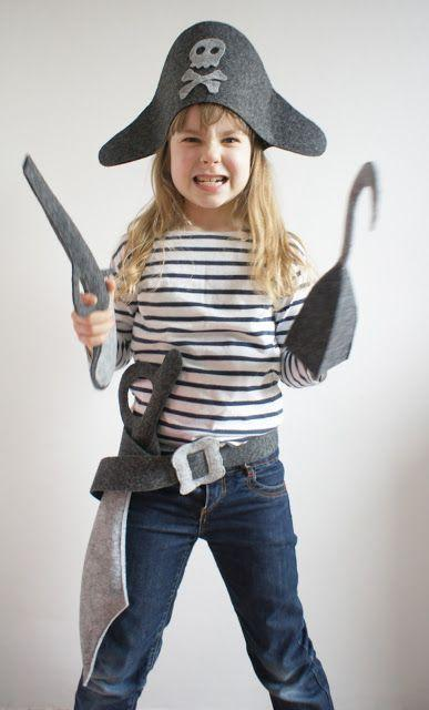 30 PIRATE COSTUMES FOR HALLOWEEN.....