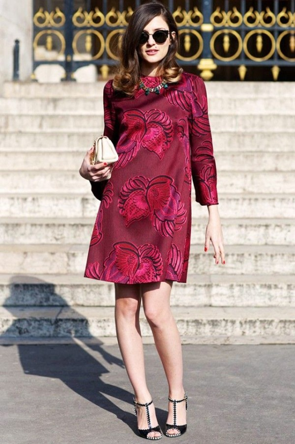 valentines-day-style-italian-fashion-blogger-street-style-burgundry-dress