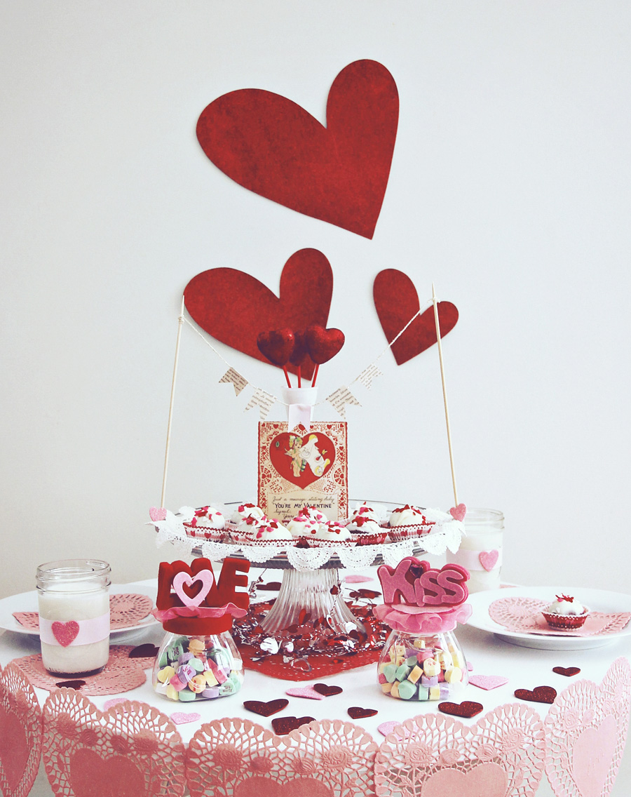 20 awesome valentine table decoration godfather style for Valentine decorations to make at home