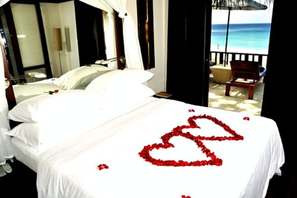 romantic-bedroom-ideas-for-valentines-day