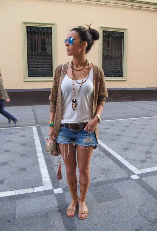 Casual White Tee Outfit Idea with Denim Shorts