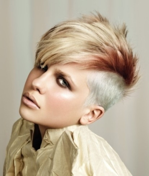 Short-Mohawk-Hairstyles-Women
