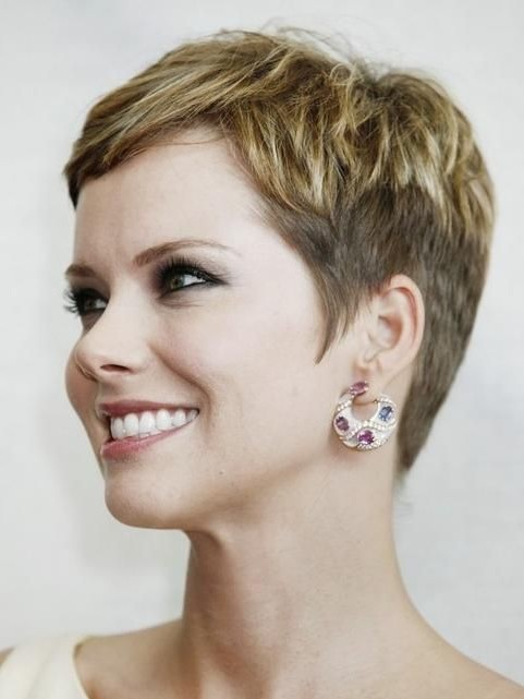 really-short-hairstyles-for-women-over-40
