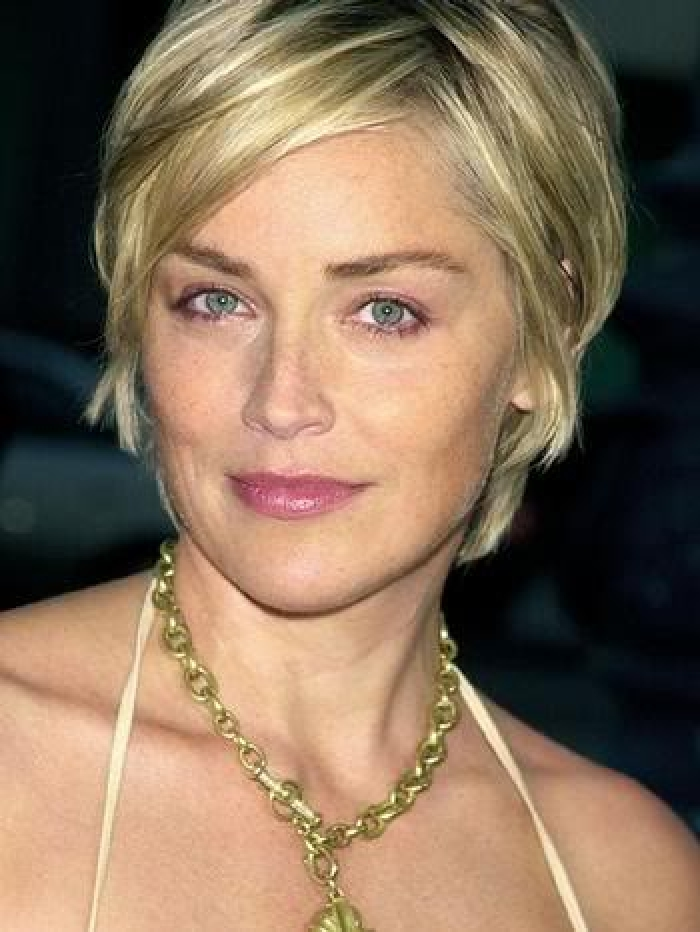 short-hairstyles-for-round-faces-thin-hair