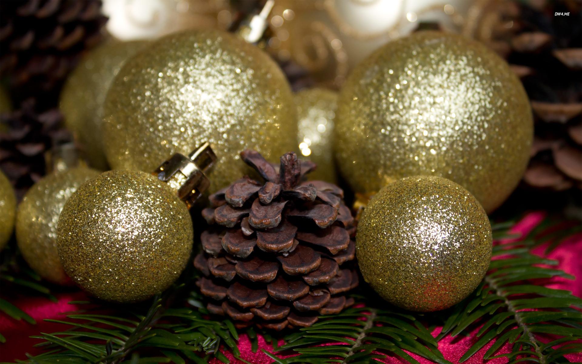 1034-christmas-ornaments-1920x1200-photography-wallpaper