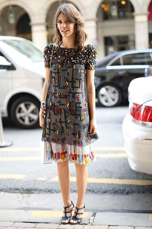 Perfect-Mixed-Print-Outfits-to-Dress-Like-a-Fashion-Pro-13