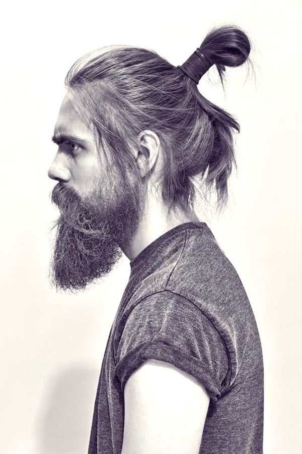 Man-Bun-Hairstyles-For-Guys-13