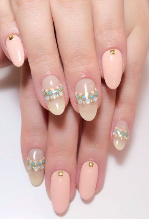 Spring-Wedding-Nail-Design-21.