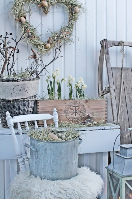 21-Classy-Vintage-Easter-Decor-Inspirations