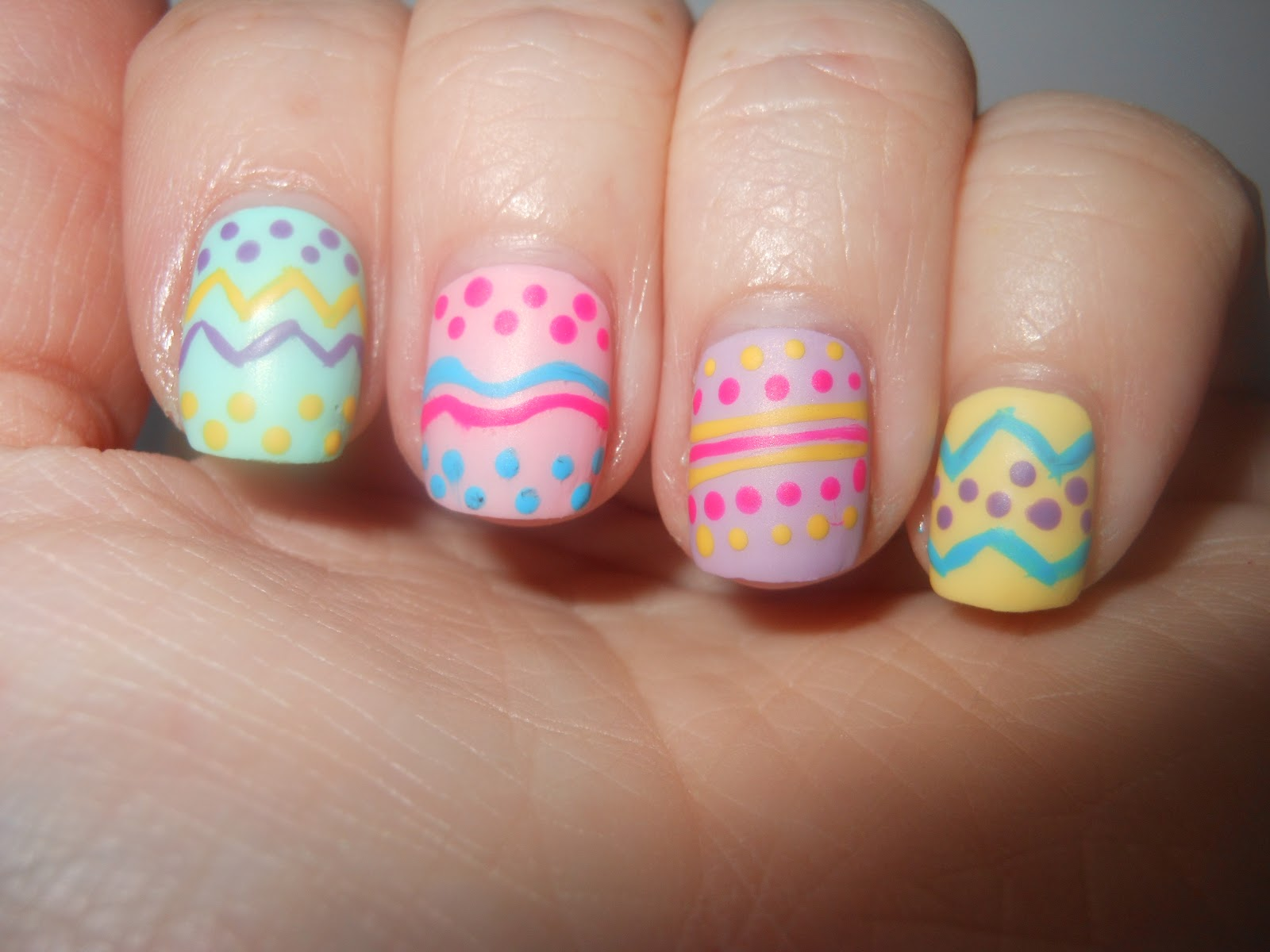 Easy-Easter-Nail-Ideas-3.0