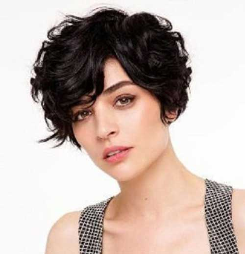 Short-Haircuts-for-Curly-Thick-Pixie-Hair.