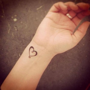44 HEART TATTOOS FOR YOUR LOVED ONES……