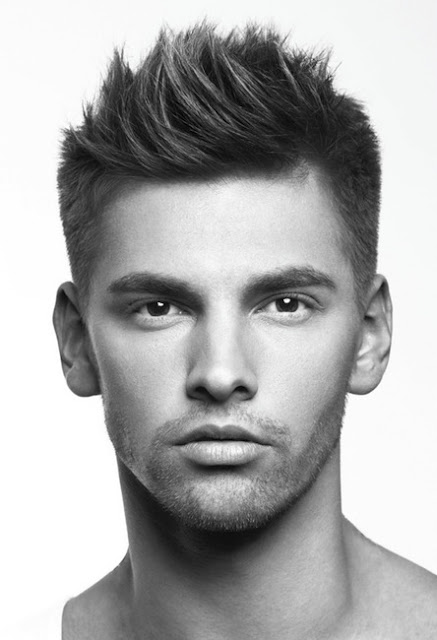 Trendy-and-Cute-Short-Hairstyles-for-Men.