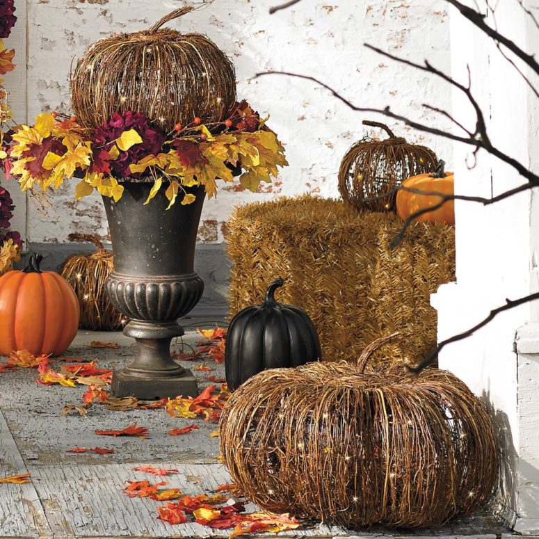 90-cool-outdoor-halloween-decorating-ideas-13-
