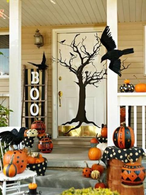 cool-halloween-front-door-decor-ideas-4.