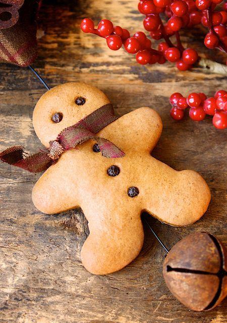 delicious-gingerbread-christmas-home-decor 777