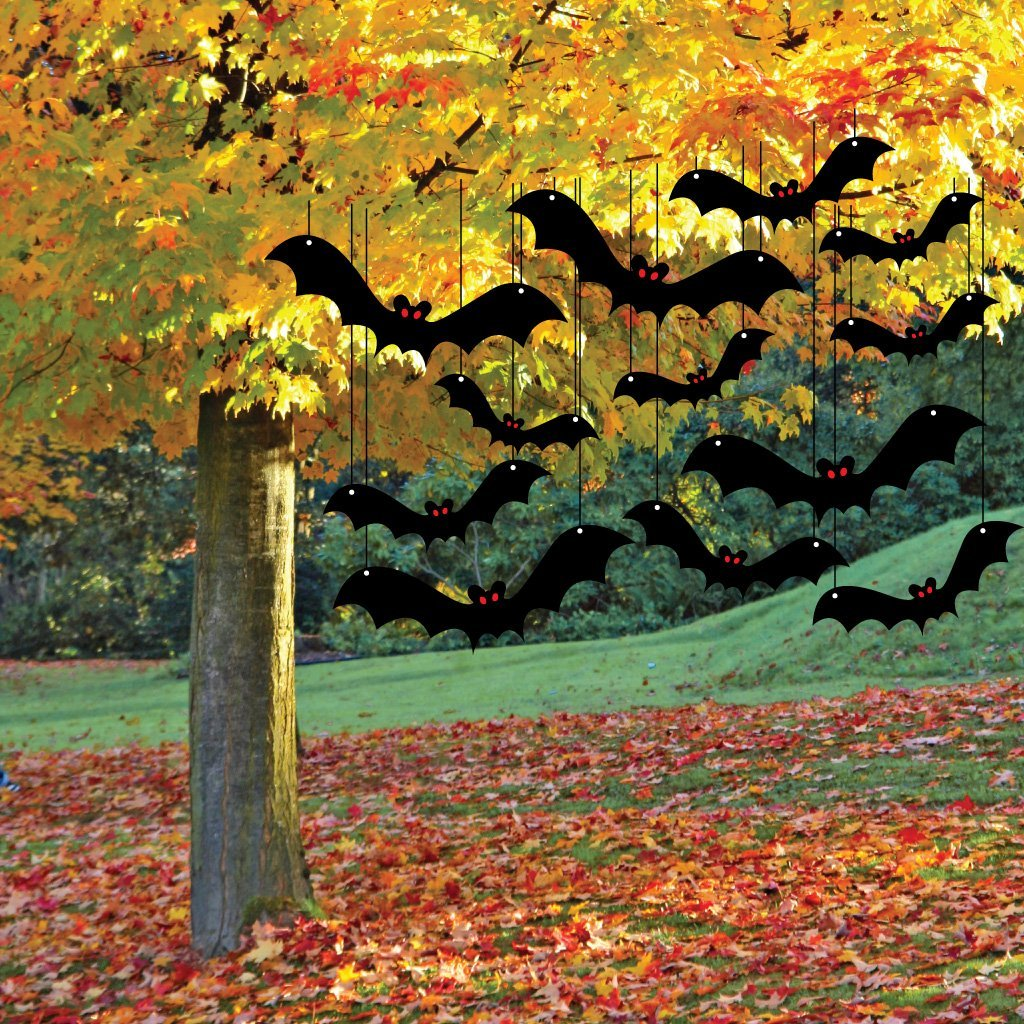 hanging-bats-halloween-decoration.
